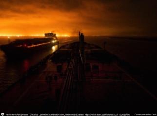 Interruzione delle rotte marittime del petrolio e dell'export