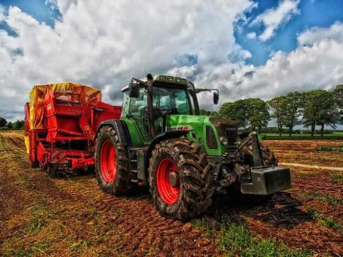 Attualmente, pare che gli agricoltori siano diventati il capro espiatorio scelto dal movimento ecologista che si ispira a Greta