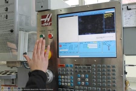 Il CNC di una macchina utensile. Le perizie Industria 4.0 per l'iper-ammortamento sono uno dei settori che seguo