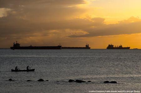 Le petroliere sono un obiettivo estremamente vulnerabile - come si e' visto prima della prima guerra del Golfo