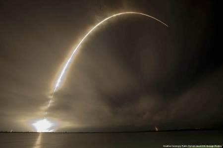 Missile terra-aria per intercettare missili balistici