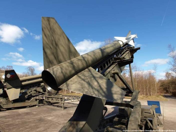 Missili terra-aria Nike-Hercules. Questi missili a lungo raggio potevano portare testate nucleari