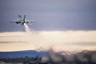 Un F-16 come quello Turco che ha abbattuto il SU-24 russo in Siria