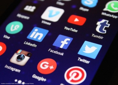 Social networks, facebook e geopolitica