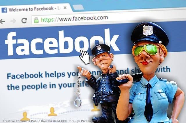 Social media e Facebook - immagine scherzosa sul potere geopolitico dei social network attraverso l'informazione