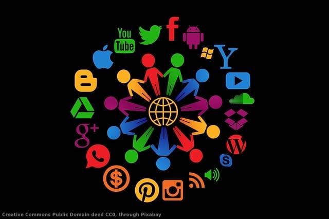 I social media consentono di raccogliere molta informazione, anche sulle societa' con cui avete a che fare