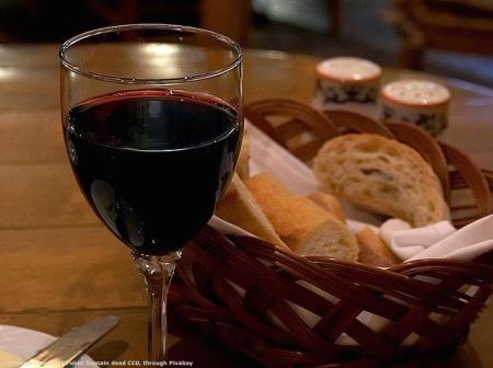 Il made in Italy sara' fondamentale per vendere un buon vino od un altro prodotto agroalimentare, ma certamente non per esportare acciaio - giusto per dirne una