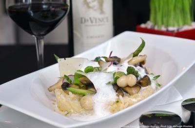 Prodotto alimentare tipico e vino