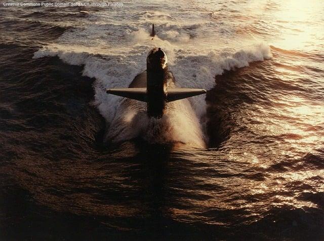 Un solo sommergibile e' in grado di paralizzare un porto - vedi la guerra delle Falkland. In fotografia: un sottomarino d'attacco a propulsione nucleare americano