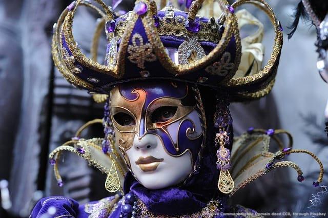 Il carnevale di Venezia, una citta' con poca capacita' ricettiva ma facilmente raggiungibile da Abano