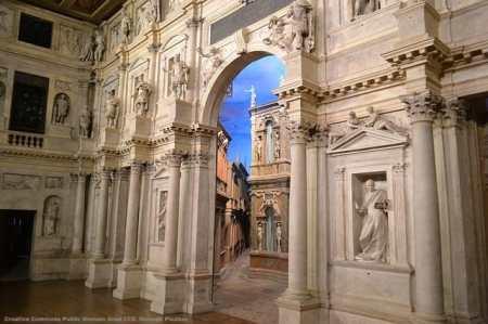 Il teatro olimpico di Vicenza. Il pacchetto del progetto di internazionalizzazione deve comprendere anche l'arte e la cultura