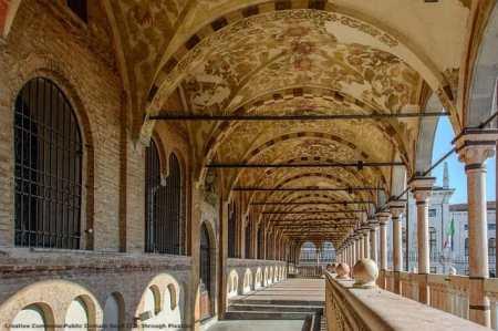 Padova - una meta di turismo che puo' fare parte del pacchetto offerto da chi opera ad Abano Terme