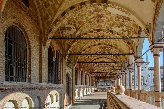 Padova. Una meta di turismo internazionale - od a lungo raggio - che puo' fare parte del pacchetto offerto da chi opera ad Abano Terme