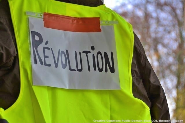 I gilet gialli sono la dimostrazione pratica di come l'instabilita' geopolitica possa palesarsi anche in Europa